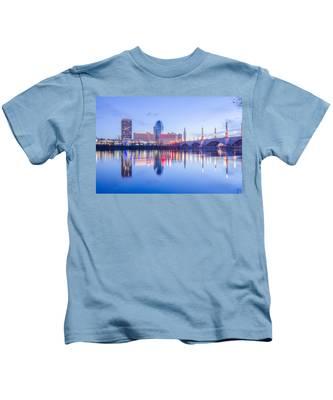 Springfield Massachusetts City Skyline Early Morning Kids T-Shirt
