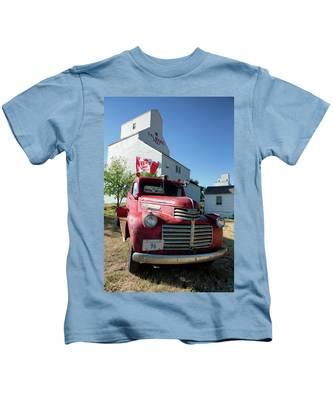 Val Marie, Sk Kids T-Shirt