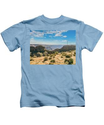 Eagle Rock, Grand Canyon. Kids T-Shirt