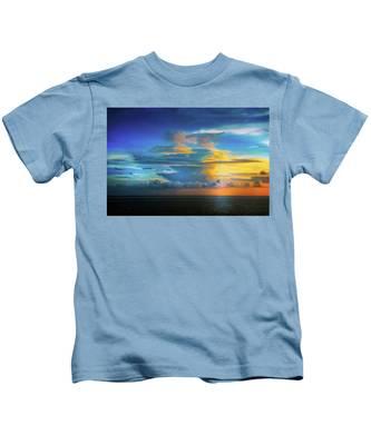Thunder At Sun Set Kids T-Shirt