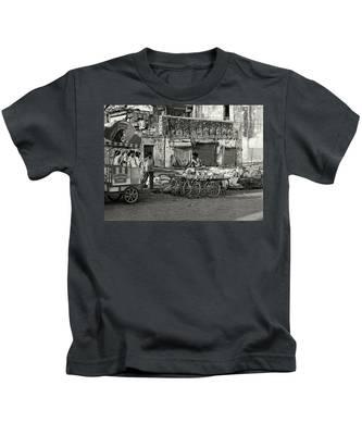 A Chat Among Friends Kids T-Shirt