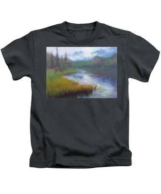 Bonnie Lake - Alaska Misty Landscape Kids T-Shirt