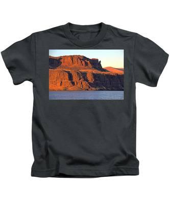 Sunset Cliffs At Horsethief  Kids T-Shirt