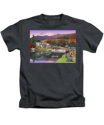 Waterville Estates In Autumn Kids T-Shirt