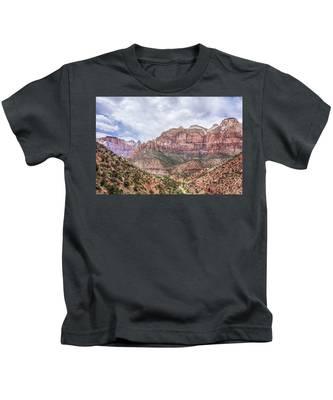 Zion Canyon National Park Utah Kids T-Shirt