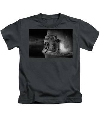 An Antique Stove Kids T-Shirt