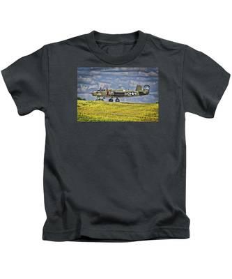 B-25 Landing Akron/canton Ohio Kids T-Shirt