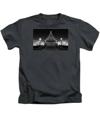 Christmas Lights On Manhattan Pier B And W Kids T-Shirt