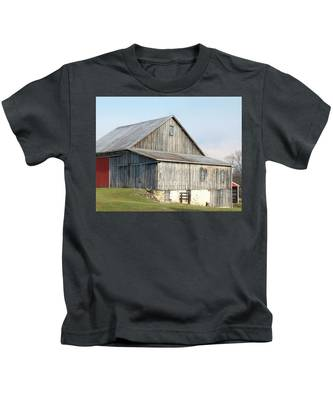 Rustic Barn Kids T-Shirt