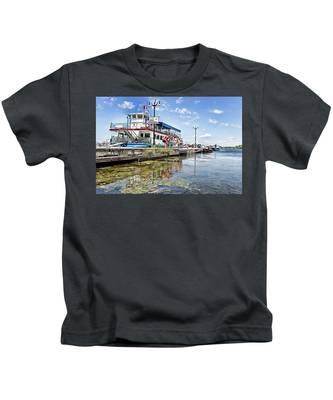Island Princess At Harbour Dock Kids T-Shirt