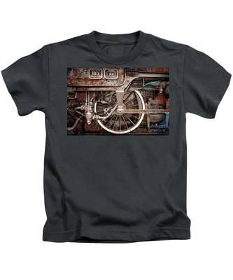 Rail Wheel Grunge Detail,  Steam Locomotive 06 Kids T-Shirt