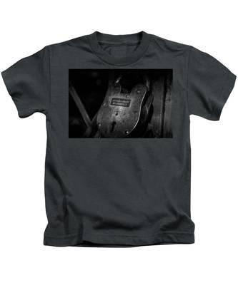 Rusty Lock In Bw Kids T-Shirt