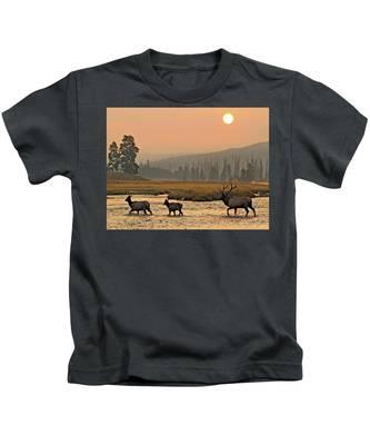 Smokey Elk Crossing Kids T-Shirt