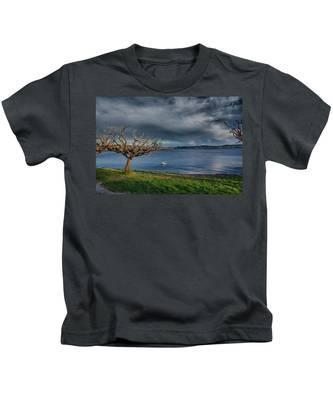 Swan And Tree Kids T-Shirt