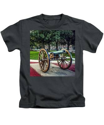 The Cannon In The Park Kids T-Shirt