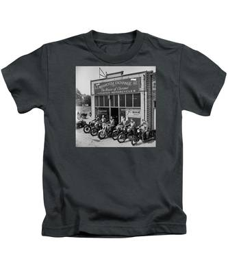 The Motor Maids Of America Outside The Shop They Used As Their Headquarters, 1950. Kids T-Shirt