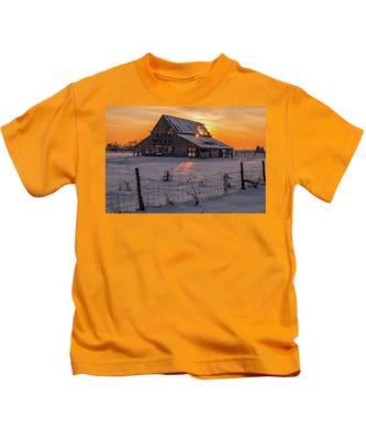 Mapleton Barn Kids T-Shirt