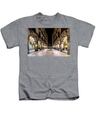 Carrer De Colom Kids T-Shirt