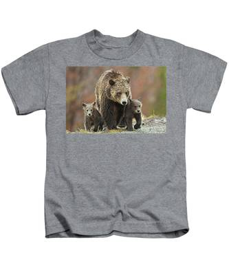 Grizzly Family Kids T-Shirt