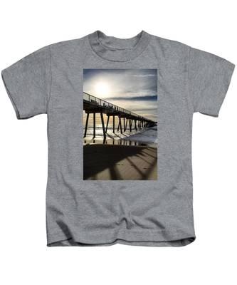 Light Of The Pier  Kids T-Shirt