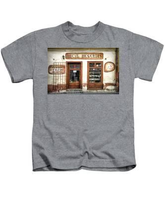 Little Craftsman' Shop - Micul Meserias Kids T-Shirt