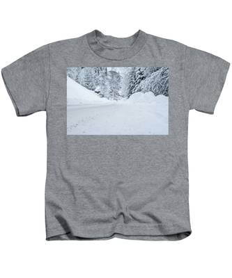 Lonly Road- Kids T-Shirt