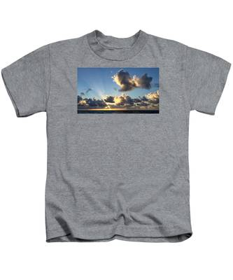 Sun Rays And The Cloud Kids T-Shirt