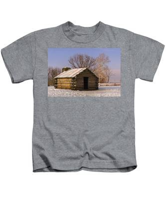 Valley Forge Cabin At Sunset Kids T-Shirt