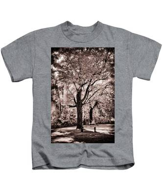 Designs Similar to Tree And Bench