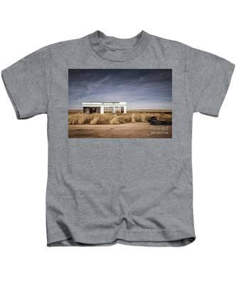 Glenrio Abandoned Gas Station  Kids T-Shirt