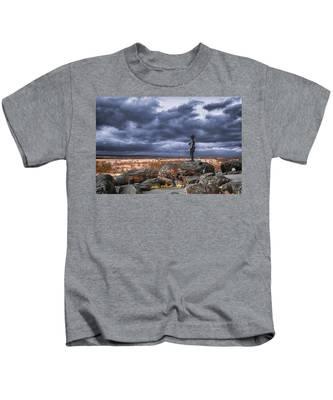 Warren In Infrared Kids T-Shirt