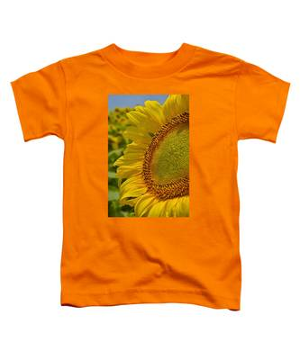 Toddler T-Shirt featuring the photograph Itsy Bitsy by Skip Hunt