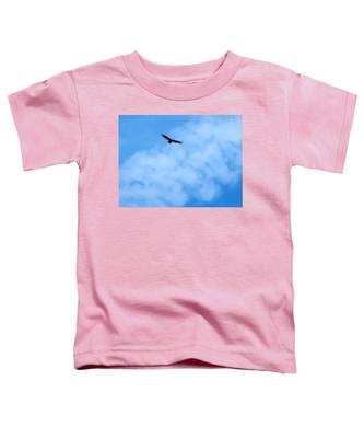 Toddler T-Shirt featuring the photograph Turkey Vulture In Flight by Judy Kennedy