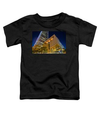 Buildings And Architecture Around Mint Museum In Charlotte North Toddler T-Shirt