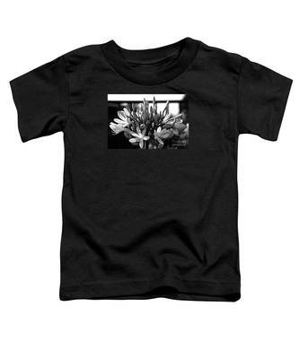 Becoming Beautiful - Bw Toddler T-Shirt