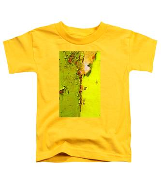 Toddler T-Shirt featuring the photograph Going Green by Skip Hunt