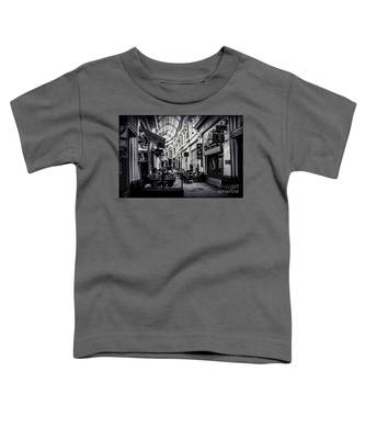 Monochrome Bucharest  Macca - Vilacrosse Passage Toddler T-Shirt