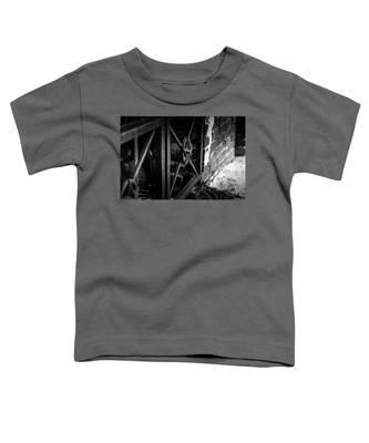 Iron Gate In Bw Toddler T-Shirt