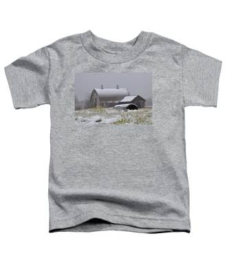 Barn In Winter Toddler T-Shirt