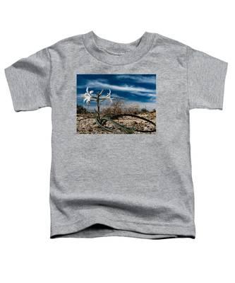 Life Amoung The Weeds Toddler T-Shirt