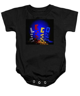 Self-assembly Baby Onesie
