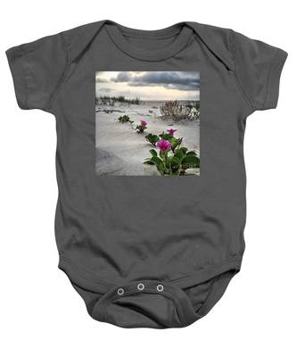 Weekend Glories 6.18.16 Baby Onesie