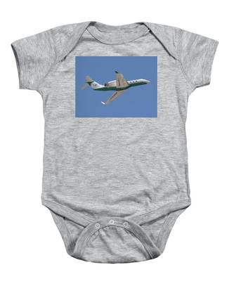 Baby Onesie featuring the photograph  	Gulfstream Aerospace  by Dart and Suze Humeston