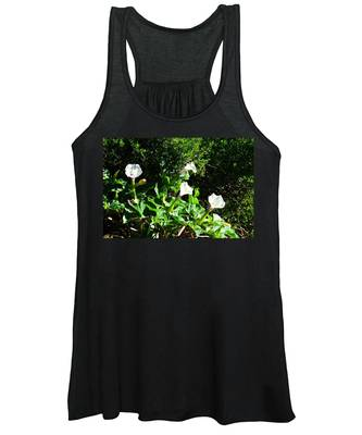Women's Tank Top featuring the photograph Sisters In The Sun by Judy Kennedy