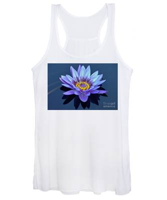 Single Lavender Water Lily Women's Tank Top