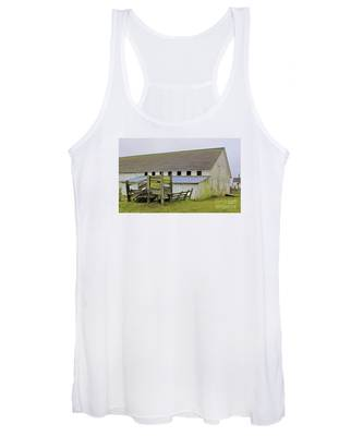 Pierce Pt. Ranch Barn Women's Tank Top