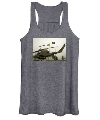 Vietnam War Memorial Women's Tank Top