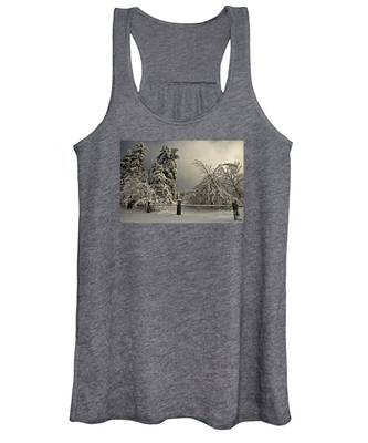 Heavy Laden Women's Tank Top