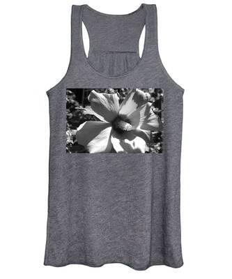 Hibiscus In Bloom Women's Tank Top