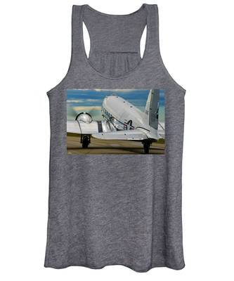 Taxiing To The Active Women's Tank Top